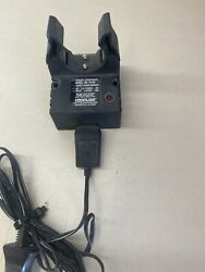 GENUINE STREAMLIGHT STINGER Flashlight Charger Base 75100 with Car Charger $37.50