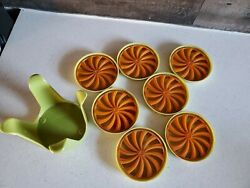 Vintage set of 7 Crown Plastics Coaster set with stand mid modern Retro grn orng $24.99