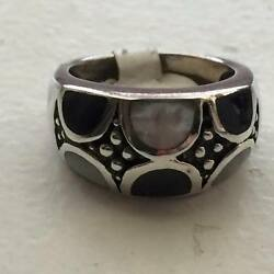 Sterling Silver Onyx and Mother of Pearl Ring Size 7