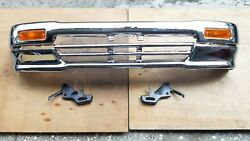 FIT FOR TOYOTA PICKUP HILUX 4WD Chrome Front Bumper 1992-1995 52101-35090