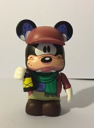 Goofy as Caretaker w Lamp 3quot; Vinylmation Haunted Mansion Mickey and Friends $40.00