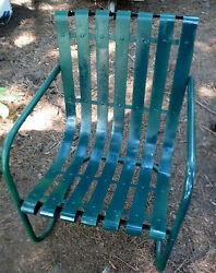 Antique 50s Green Slatted Slat Lawn Chair (Free pickup Deiivery in some areas)