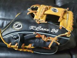Robinson Cano Game Model Signed NY Yankees Spalding Glove JSA LOA. $845.00