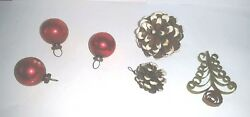 Antique Set of 3 old Christmas Ornaments 2 Pinecones and a Rolled Paper Tree $3.00