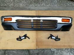 FIT FOR TOYOTA PICKUP HILUX 4WD 1989-91 4RUNNER CHROME FRONT BUMPER WEND CAP