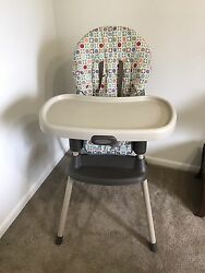 Graco Simple Switch 2-in-1 Convertible High Chair Plastic Brown - Color Twister