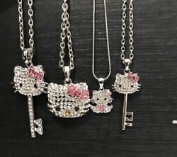 Sparkling beautiful silver tone rhinestone crystal hellokitty necklace