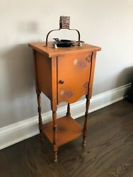 HT Cushman Colonial Cigar Cigarette Smokers Humidor Stand with Amethyst Tray
