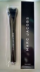 Marc Jacobs The Face I Liquid Foundation BrushNew in Box $28.00