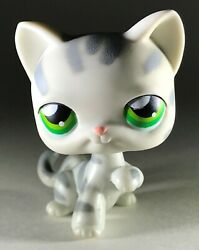 Littlest Pet Shop Cat Gray Striped Raised Paw Up Green Eyes LPS #32 Kitty  2004