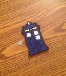 Dr Who TARDIS Magnet - Nerdy Sci Fi Pixel Fan Art - Geeky Home Decor - Time Lord