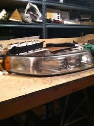 CADILLAC SEVILLE STS SLS RIGHT HEADLIGHT ASSEMBLY 98-04 PASSENGER EXCELLENT COND