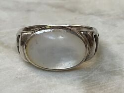 Vintage Handmade Sterling Silver Mother of Pearl Cut Out Ring Size 6 34 3.7 G