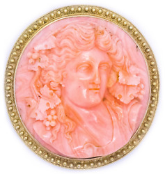 CORAL CARVING OF PERSEPHONE 18 KT YELLOW GOLD ETRUSCAN PENDANT AND BROOCH
