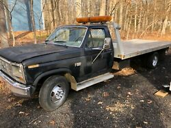 1986 Ford F350 Rollback Tow Truck