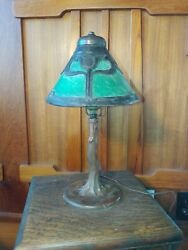 Handel AC tulip desk lampmissionarts and crafts lamp.