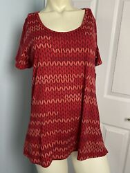 LulaRoe Classic T Shirt Small Red Shades Size Small $14.00
