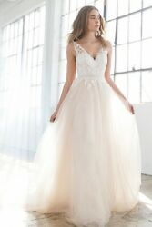 Perfect Bohemian wedding dress Jenny Yoo Light Weighted Size 4