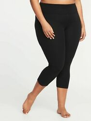 PLUS Old Navy Women#x27;s High Waisted Plus Size Balance Yoga Crop Black #39380 1 $21.99