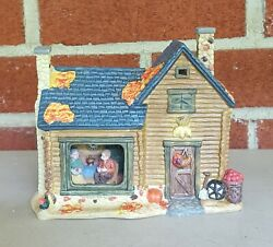 AUTUMN ACCENTS HARVEST PORCELAIN LIGHTED HOUSE COLLECTIBLE HOME DECOR FIGURINE $12.99