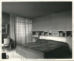 Press Photo Bedroom with a queen size bed piw07525 $33.88