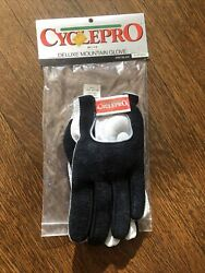 New Old Stock CYCLEPRO Deluxe Mountain Gloves Black Grey Medium $15.00