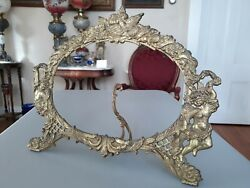 Antique Victoria Brass Metal Oval Picture Frame $149.00