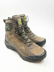 "Men#x27;s UA Under Armour 8"" Wall Hanger Leather Gore Tex Hiking Boots Mens Sz 10.5 $84.99"
