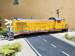 Atlas Custom Painted amp; Detailed HO Union Pacific RS 2 Locomotive Shell UP#1292 $35.50