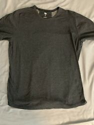 Under Armour Athlete Recovery Shirt Mens Large 🔥 $8.99