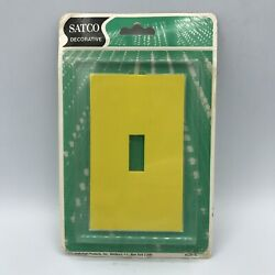 Vintage Satco Decorative Light Switch Face Plate Artsy Hipster Style Yellow