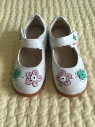 Pediped 25 8.5 Girls White Leather Mary Janes $12.00
