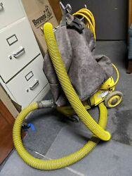 NSS M 1 PIG COMMERCIAL VACUUM 46383 Works but needs some parts .. AS IS
