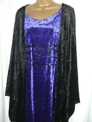LAUGHING VAMPIRE HOODED GOTHIC DRESS