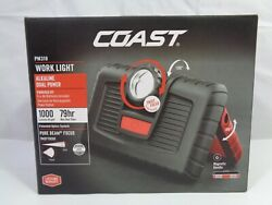 Coast 30363 Polycarbonate 700 Lumens LED AA Work Light with Magnetic Back NEW $30.00