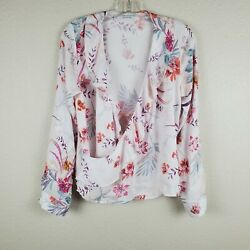 Paper Crane White Floral Long Sleeve Wrap Blouse $16.00