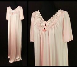 Pink Vintage Nightgown Size Small Lace Décolletage $24.00