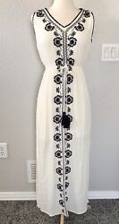 Knox Rose Black and Ivory Floral Maxi Dress XS $15.00