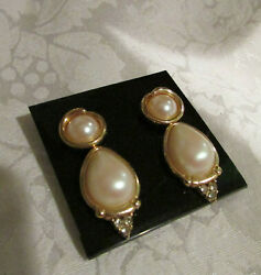 2 PAIR Vintage Signed FAUX PEARL quot;THE LOOK OF REALquot; RICHELIEU amp; MONET EARRINGS $25.99