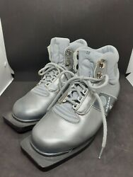Vintage Nordic Norm Cross Country Ski Shoes Boots Size 38 75mm 3 Pin Gray $35.00