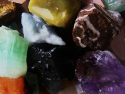 1000 Carat Lots of Natural Tumble Rough a Very Nice FREE Faceted Gemstone $4.79