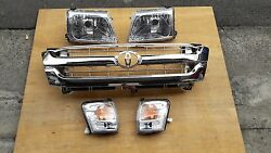 FIT FOR TOYOTA PICKUP HILUX 2001-05 MK5 HEADLIGHT INDICATOR CHROME GRILLE CLIPS