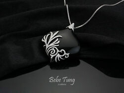 Endless - Gorgeous Elegant 18(750) White Gold Diamond Onyx pendant