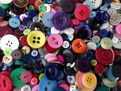Sewing Button Mix #1 Bulk Lots of 100 200 300 400 500 New and Vintage $6.73