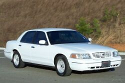 2002 Ford Crown Victoria 1 OWNER LX FACTORY PERFORMANCE & HANDLING PKG NON P71 POLICE A SHARP SOUTHERN SPORT LEATHER LOADED NOT A INTERCEPTOR P-71 CRUISER CHIEFS CAR