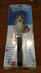 LARGE Four Paws Ultimate touch Shed N Blade Dog grooming tool non slip sb11051
