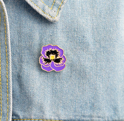 Purple Flower Floral Enamel Pin. Badge Brooch Vintage boho DIY Accessory Gift GBP 3.99