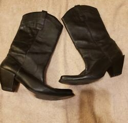 Womens Boots black leather $19.90