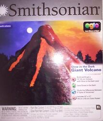 NEW SMITHSONIAN GLOW IN THE DARK GIANT VOLCANO KIT OGLO EARTH SCIENCE $19.99