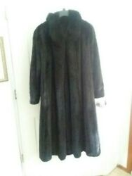 Mint Condition Women's Dark Ranch Mink Coat with Black Dyed Fox Tuxedo Size 1X